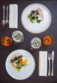 restaurant-gastronomique-le-sixieme-sens-rouen-6-6eme-vieux-marche-gueret-1880-25-dessus-poisson-200x288
