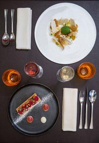 restaurant-gastronomique-le-sixieme-sens-rouen-6-6eme-vieux-marche-gueret-1880-26-dessus-mille-feuille-tarte-citron-200x288